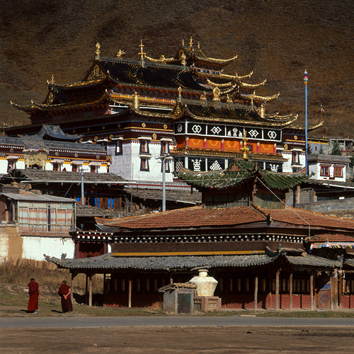 Tibetan Temple Suoge, Western Sichuan Province, China