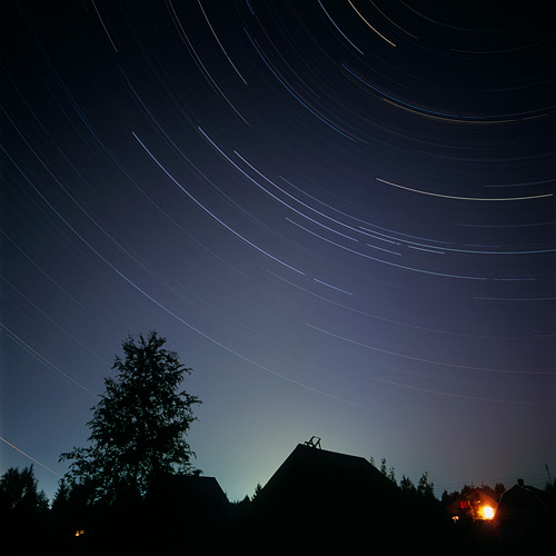 Photographing star trails - OlegNovikov.com